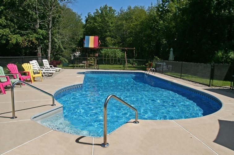 This Is A Photo Of A Custom Keyhole Inground Pool Installed By Julianos