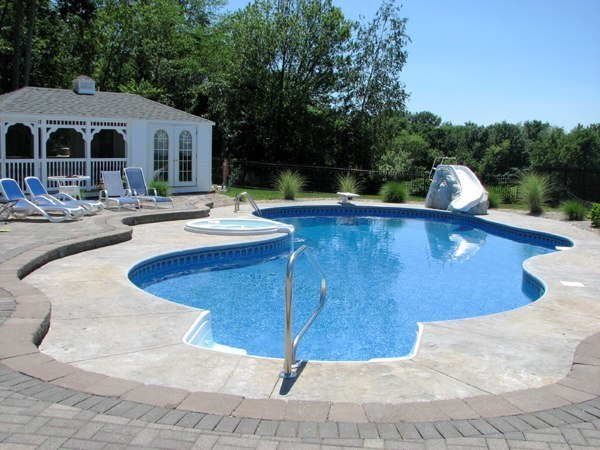 17D Custom Inground Inground Pool - Ellington, CT