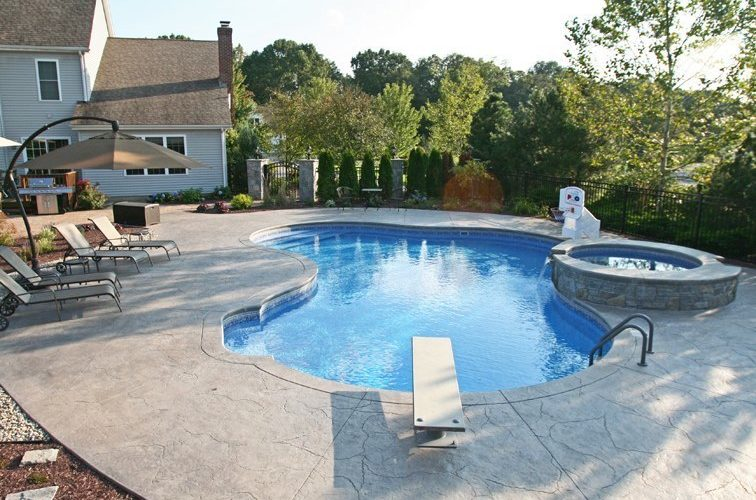 19B Lagoon Inground Pool - Southington, CT