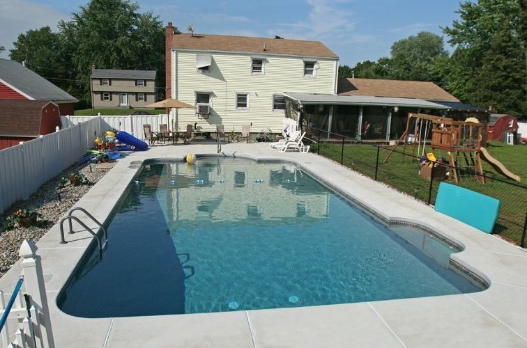 5A Patrician Inground Pool - Enfield, CT
