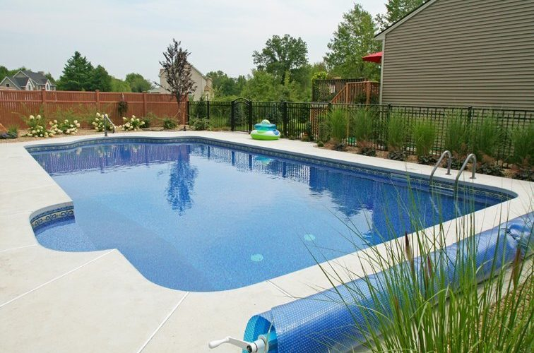 7B Patrician Inground Pool - Suffield, CT