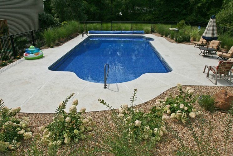 7D Patrician Inground Pool - Suffield, CT